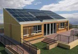 Des panneaux solaires pour ma maison en bois